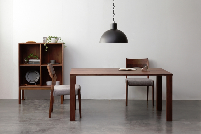 dining-table-dism