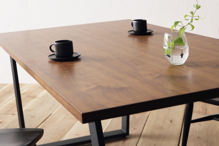 dining-table-leco-plywood-2021