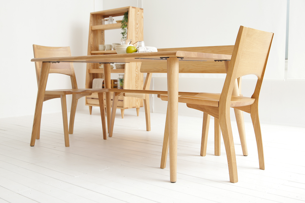 dining-table-gaia