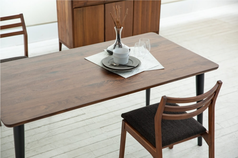dining-table-lent-test